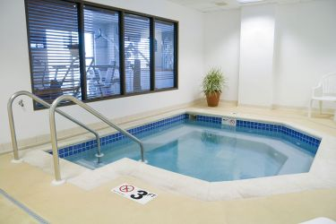 swimming-pool-concrete-flooring
